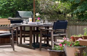 summer deck dining