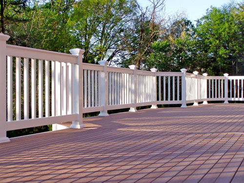 Composite deck design with secure railings in Northern Virginia