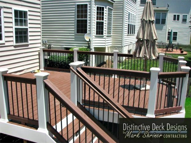A round deck in a North Virginia backyard.