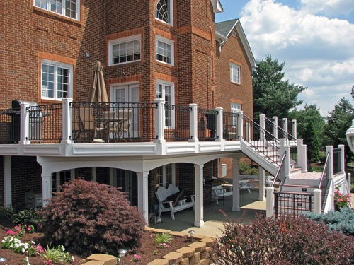 Decking designs in Northern Virginia
